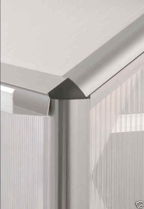 Pergart Gewächshaus Triton 5000 HKP4mm als Set mit einer LED-Leiste kurz gratis dazu