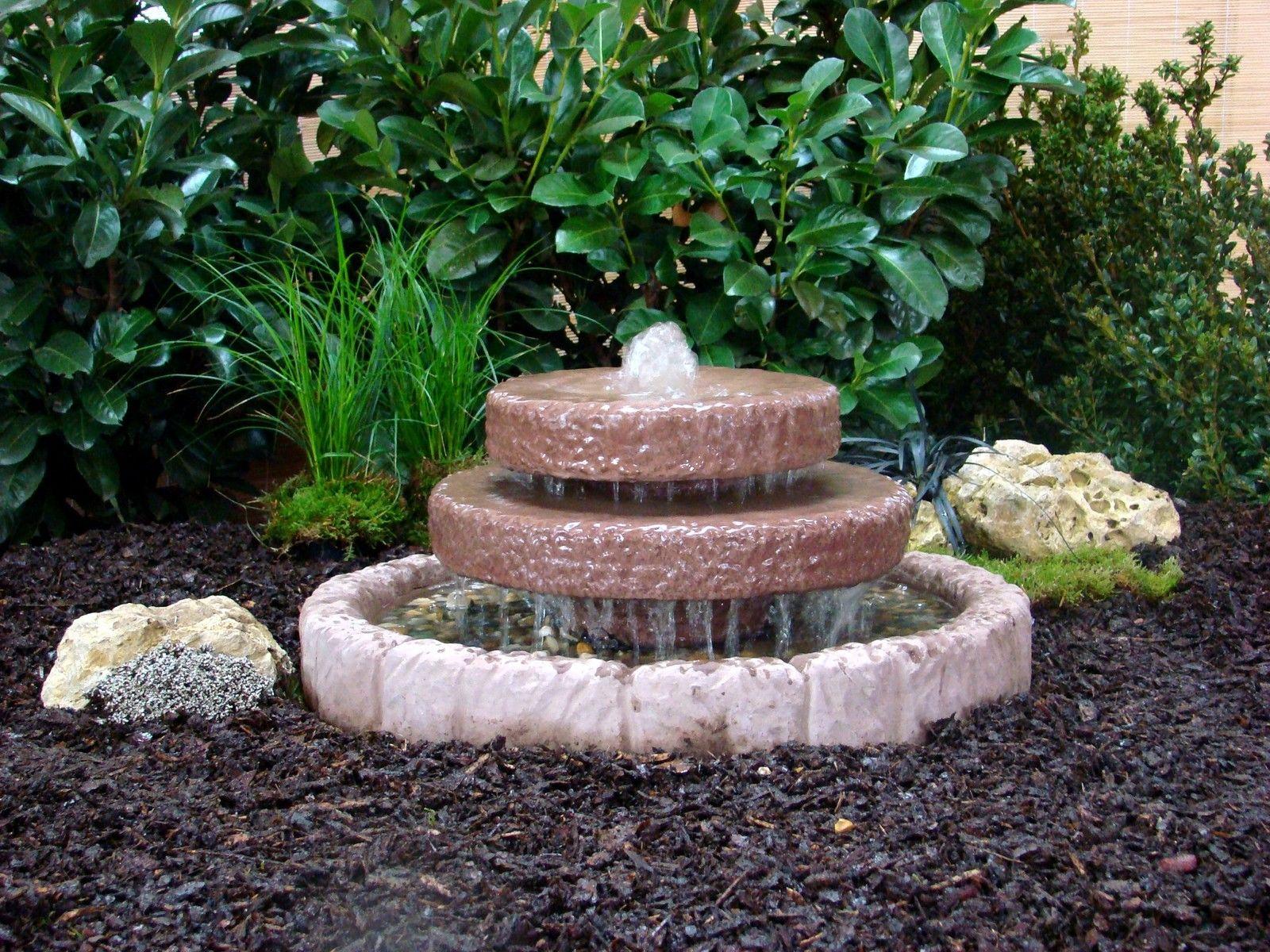 Kaskadenbrunnen Springbrunnen Brunnen Wasserspiel Werksand- Stein 43kg + Pumpe