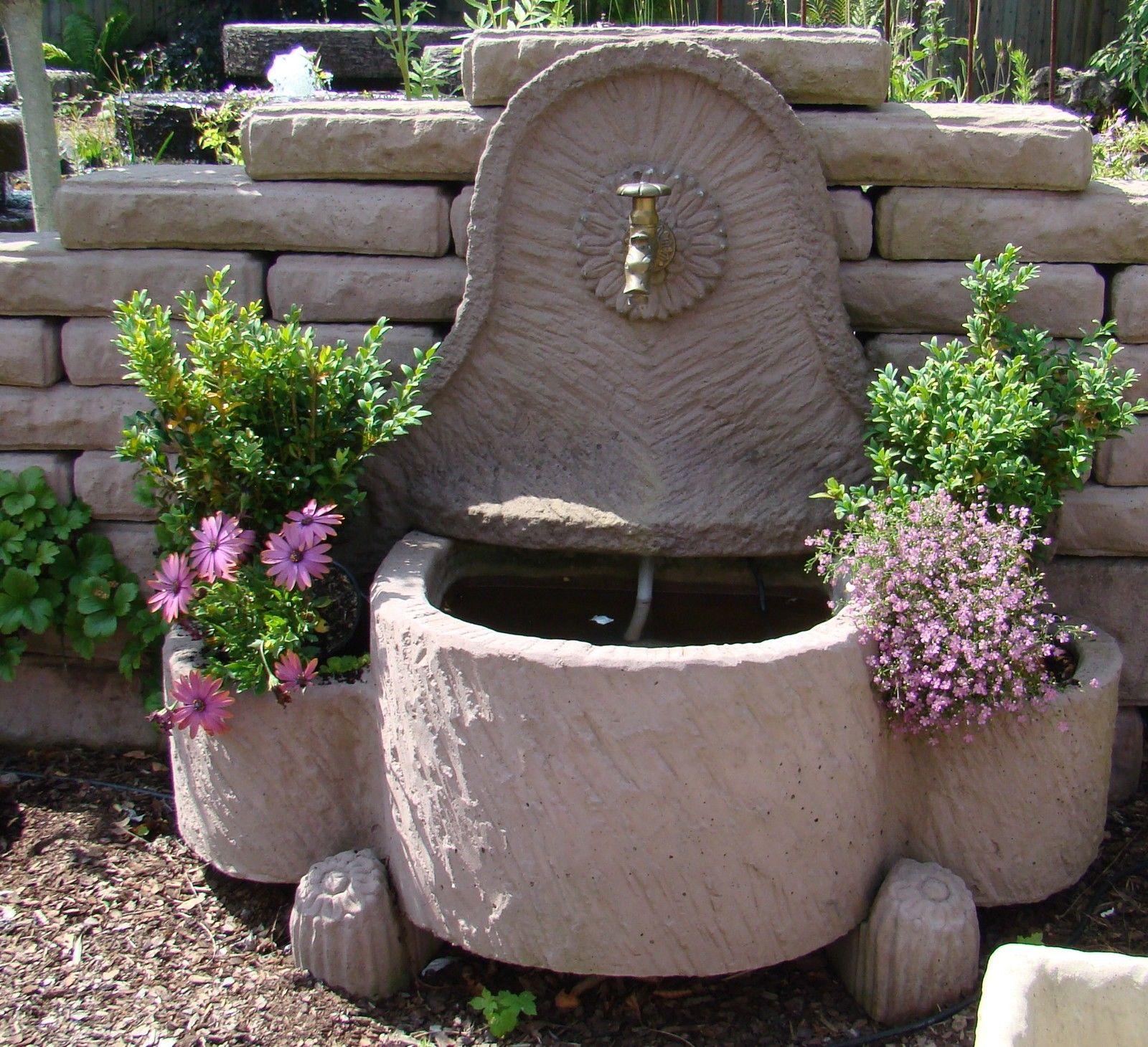 Schöpfbrunnen Springbrunnen Brunnen Wasserspiel Werksandstein Stein 159kg