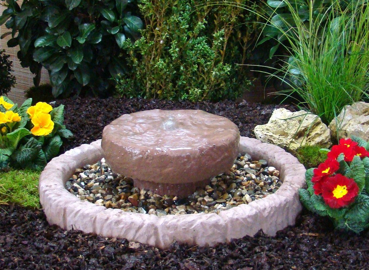 Mühlsteinbrunnen Springbrunnen Brunnen Wasserspiel Werksandstein Stein 34kg