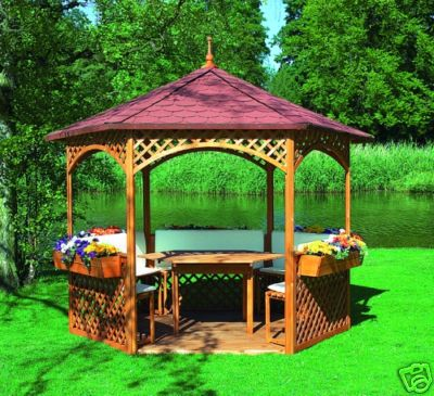 Holz-Pavillons
